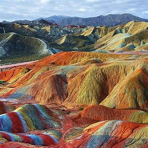 25+ best ideas about Rainbow Mountains on Pinterest ...