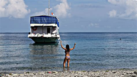 Boat Trip Lombok To Flores by Boat Trip To Komodo Island Lombok To Flores Indonesia