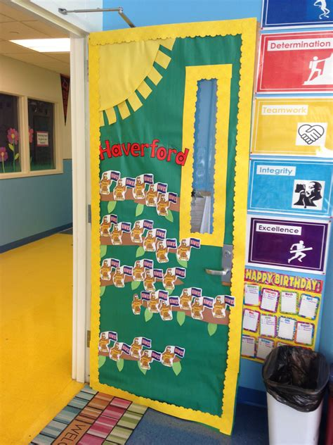 Kindergarten Decoration by Decorated Kindergarten Classroom Door Classroom Ideas