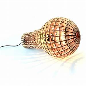 Große Glühbirne Als Lampe : holz gl hbirne lampe haushaltswaren ~ Eleganceandgraceweddings.com Haus und Dekorationen
