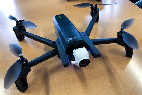 parrot anafi portable drone revealed    hdr video