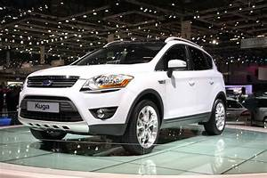 Ford Kuga Dimensions : ford kuga specifications price ~ Medecine-chirurgie-esthetiques.com Avis de Voitures