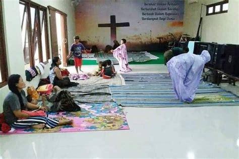 Link full ⏬ ⏬ ⏬ Foto Muslimah Shalat di dalam Gereja Viral, Netizen ...