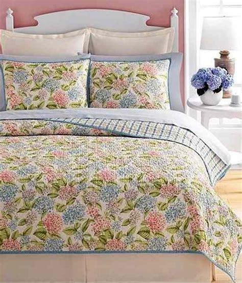 martha stewart quilts martha stewart hydrangea blossom quilt buy