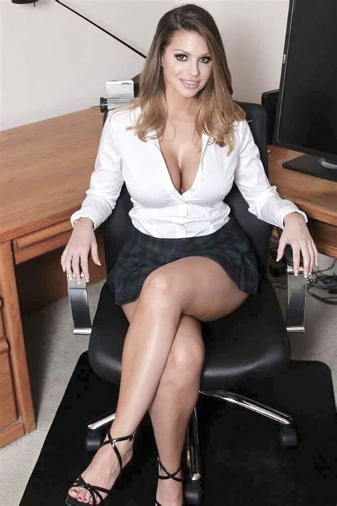 Pin On Sexy Secretaries