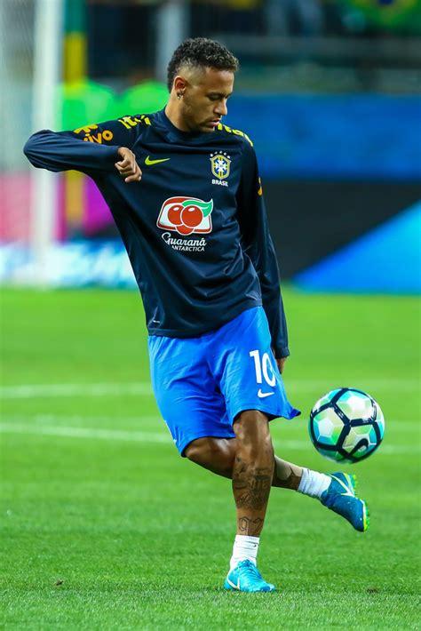 neymar jr neymar jr  brazil  equador
