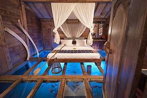 Bedroom With An Aquarium Floor