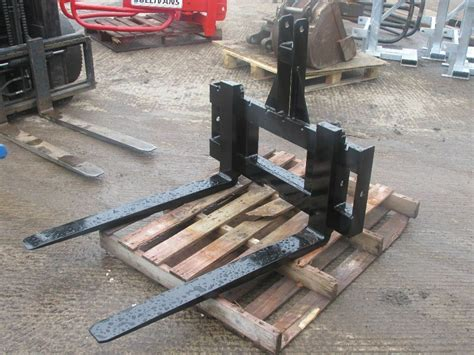 homemade  point hitch pallet forks homemade ftempo
