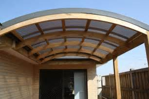 Pergola Mit Dach by Curved Roof Pergola Backyard Stuff Roof Trusses