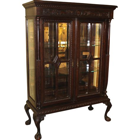 kitchen cabinets with glaze large 19th 20th c carved oak display cabinet 8012