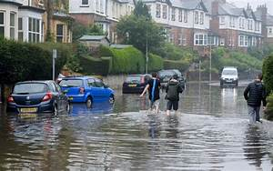 UK weather: Heavy rain in Northern England sparks flash ...