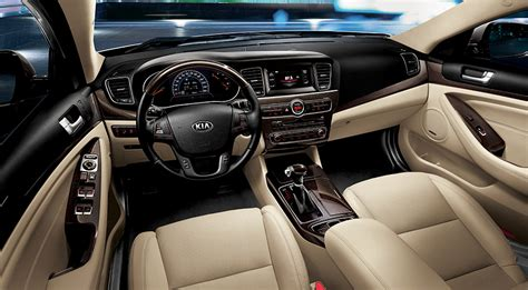2015 Kia Cadenza Review, Prices & Specs