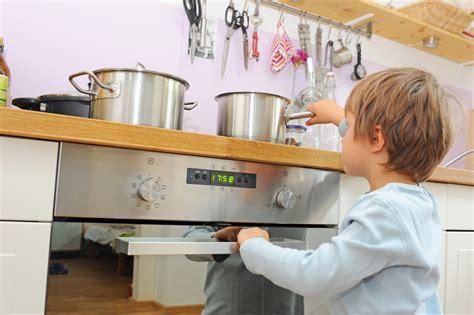ch lexical de la cuisine brûlure en cuisine que faire four eau bouillante