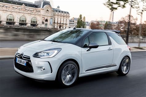 Citroen Ds 3 by Citroen Ds3 2015 Drive Review Motoring Research