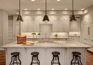 I should hang in kitchen island pendant lights over