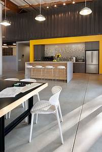 Contemporary, Office, Space, In, California, Blends, Creativity, With, Indoor, Green