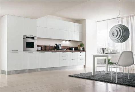Cucine Moderne Bianche Laccate by Cucine Moderne Laccate Lucide Opache Laminato
