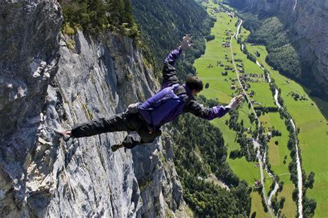 Famous Rock Climber Dean Potter Killed Base Jumping