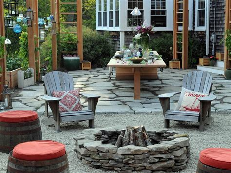 pit seating to make your outdoors cozy