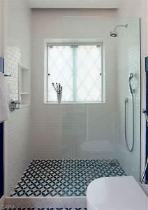 Fenetre Dans Douche : les 25 meilleures id es de la cat gorie fen tre salle de bain sur pinterest ~ Melissatoandfro.com Idées de Décoration