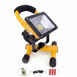 Lampe Exterieur Sans Fil Rechargeable : projecteur led 30 w avec batterie rechargeable 2400lm sans fil portable lampe jaune led ~ Teatrodelosmanantiales.com Idées de Décoration