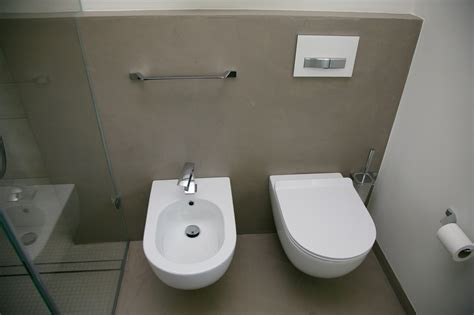Pavimento In Resina Bagno Bagno In Resina Costi E Vantaggi With Costi Pavimenti In