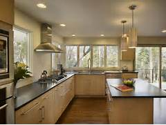 Bright Kitchen Interior Natural Nuance Kitchen Cabinet Can Add The Natural Nuance Inside The Modern House