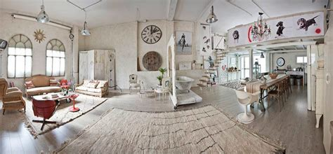 Manolo Yllera's Eclectic Vintage Home - Decoholic