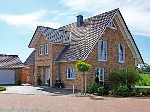 Einfamilienhaus Energiesparende Holzfenster by Die Haustypen Blohm Gmbh