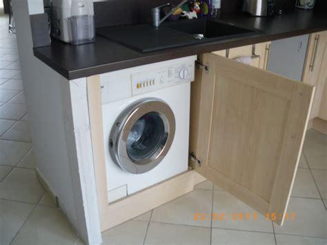machine a laver dans la cuisine cache lave linge inspiration cuisine