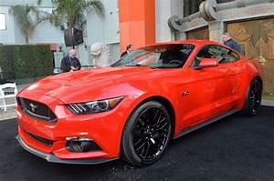 Ford Mustang Gt 2015 : automotiveblogz 2015 ford mustang gt live photos ~ Medecine-chirurgie-esthetiques.com Avis de Voitures