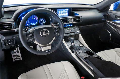lexus rcf white interior 画像 レクサスrc300h rc350 rc fが販売開始 画像 動画有り naver まとめ