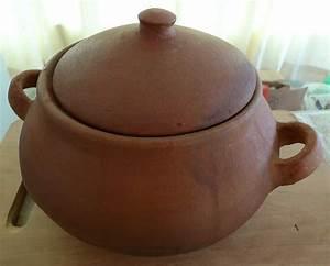 Imran Hussaini: clay pots