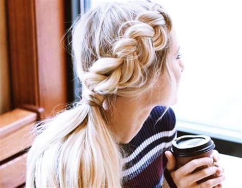 25 Coiffures Absolument Nouvelles Et Faciles à Essayer En 2018 (avant Tout Le Monde) Teenage Get Haircut Hairstyles Using Donut Bun Hair Highlights Male White Name Ombre Yaki Extensions To Do The Night Before School Very Short Bob Long African American