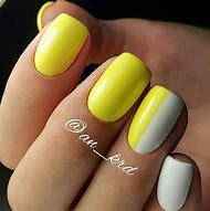 Summer Yellow Nails