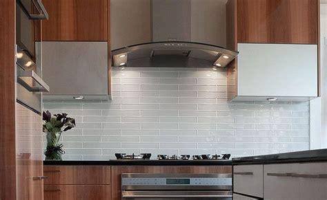 White Glass Subway Tile Kitchen Backsplash by What Color Granite Goes With White Subway Tile Backsplash