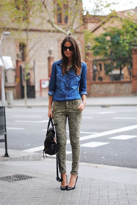Denim shirt and camo pants outfit | My Style | Pinterest