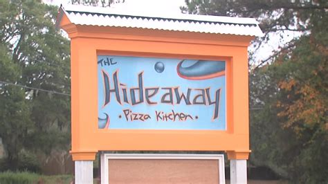 hideaway pizza kitchen island the hideaway pizza kitchen expanded and re modeled wciv 7030