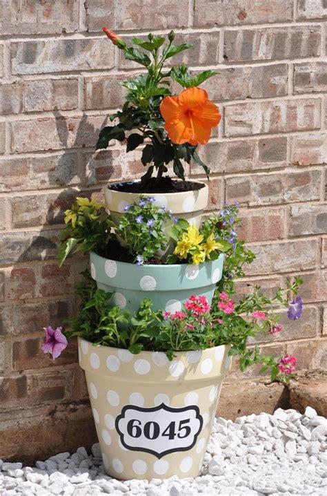 10 torres de flores impresionantes para decorar tu jardín