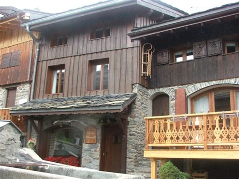catered chalet la tania chalet charmille la tania ski chalet for catered chalet ski holidays snowboarding and summer