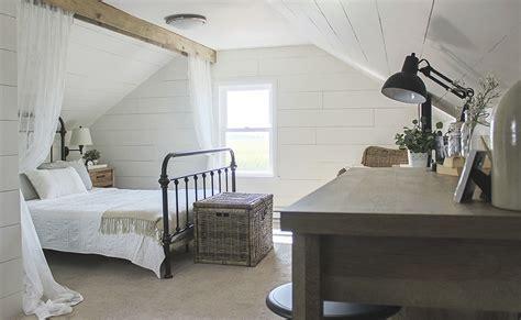 modern farmhouse interior