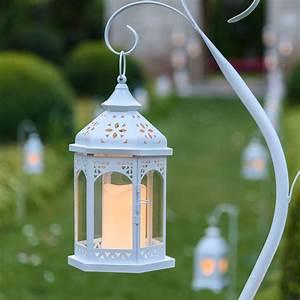 Laterne Garten Kerze : sechskantige wei e laterne h 34 cm led kerze warmwei ~ Lizthompson.info Haus und Dekorationen