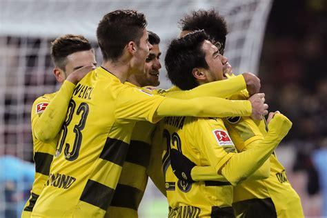 Trainer bo svensson hält sich bedeckt. FSV Mainz 05 0-2 Borussia Dortmund: Stoger debut sees BVB ...