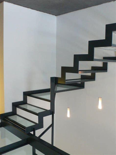 la porte de la cuisine produits escalier garde corps verre