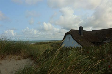 haus in den dünen das haus in den d 252 nen foto bild deutschland europe landschaft bilder auf fotocommunity