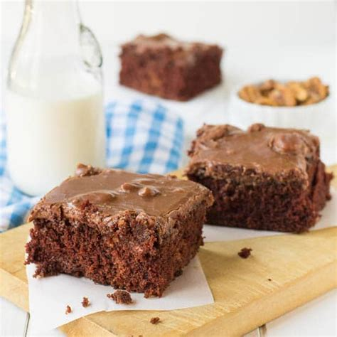 chocolate cake recipe  buttermilk