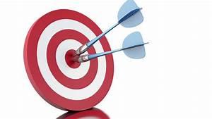 3d animation. Arrows hitting target. Success concept. 4K ...