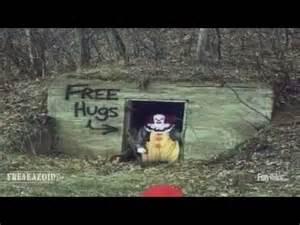 Free Hugs Creepy Clown