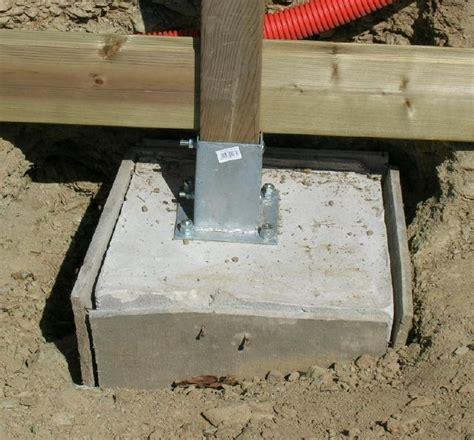 plot en beton pour poteau maison design goflah