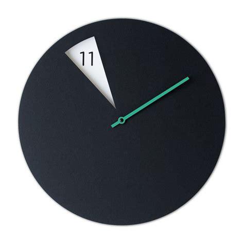 horloge sur bureau 1000 idées sur le thème horloge de bureau sur